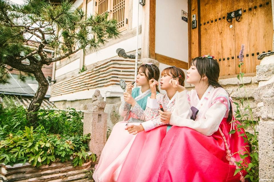Visitors can rent Hanbok for 4 hours or all day