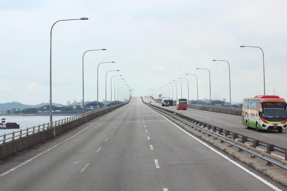 Malaysia - Singapore bridge