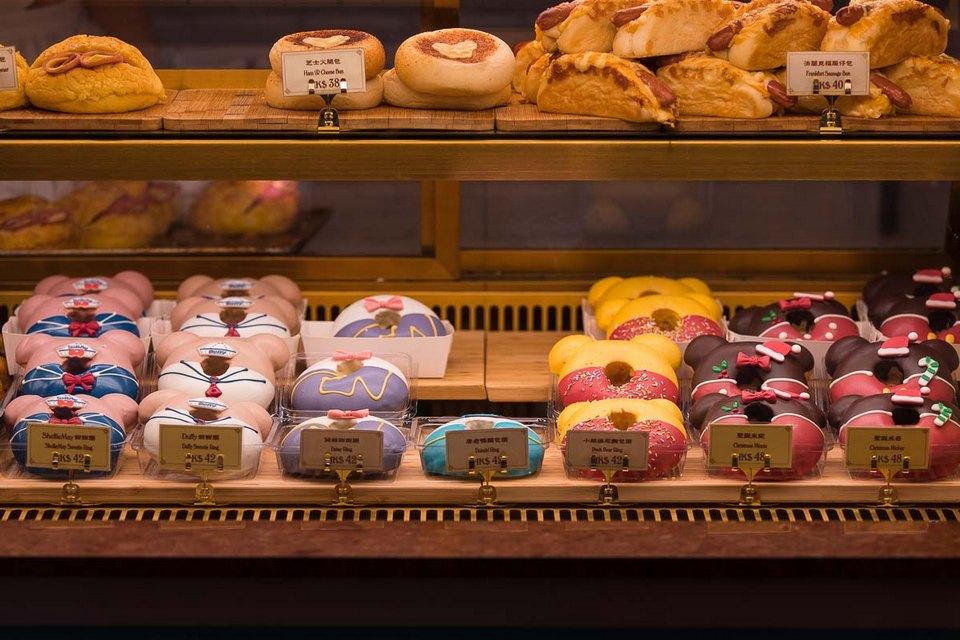 disneyland bakery