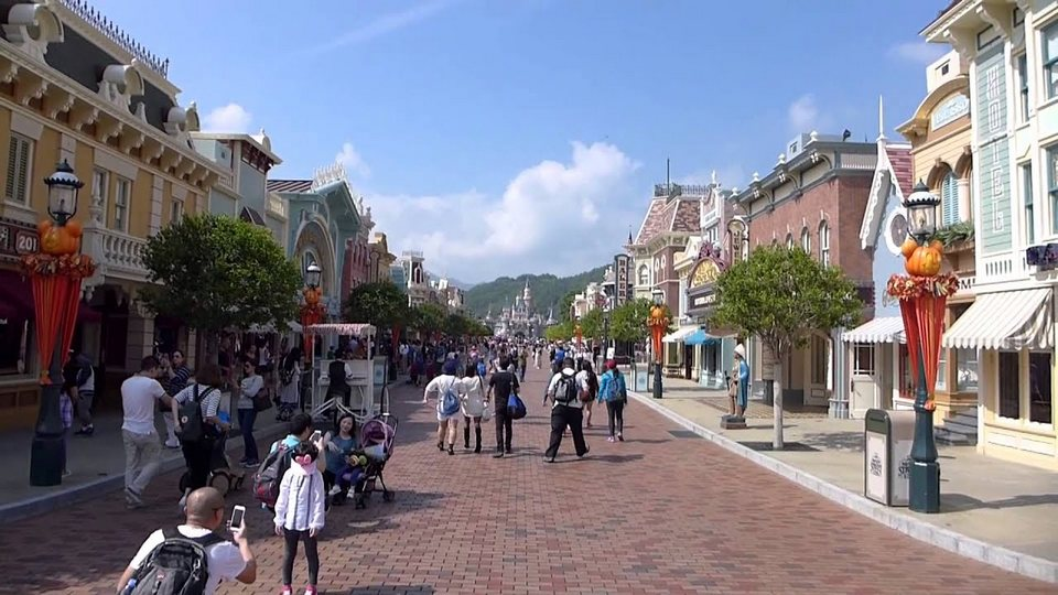 main street usa hong kong disneyland