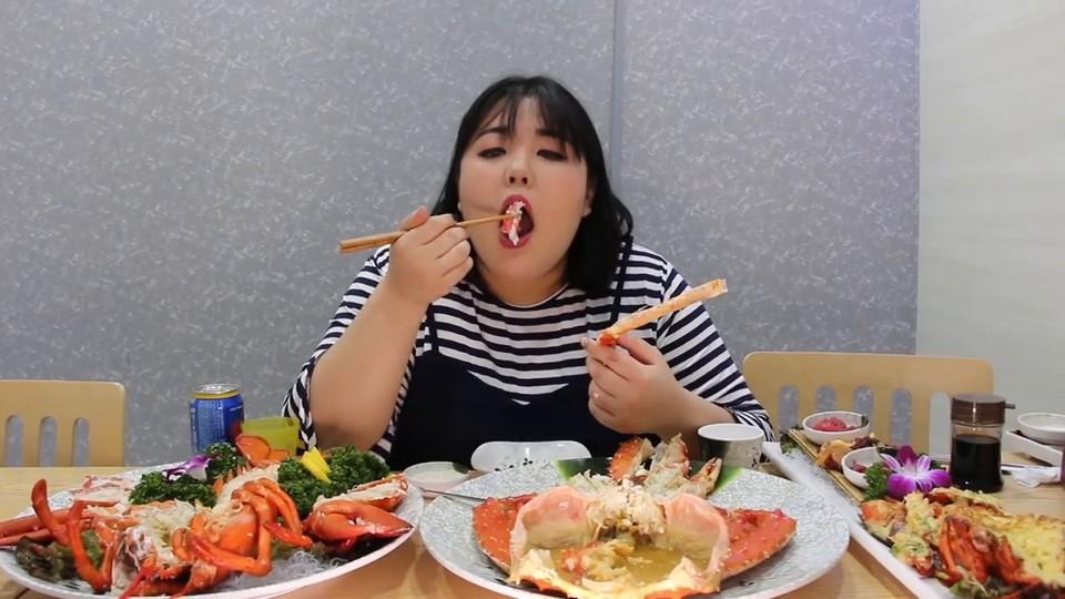 Eating King Crab
