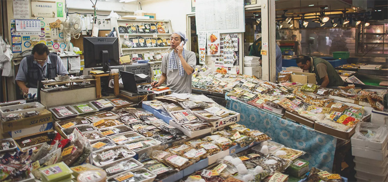 Various species at Noryangjin market