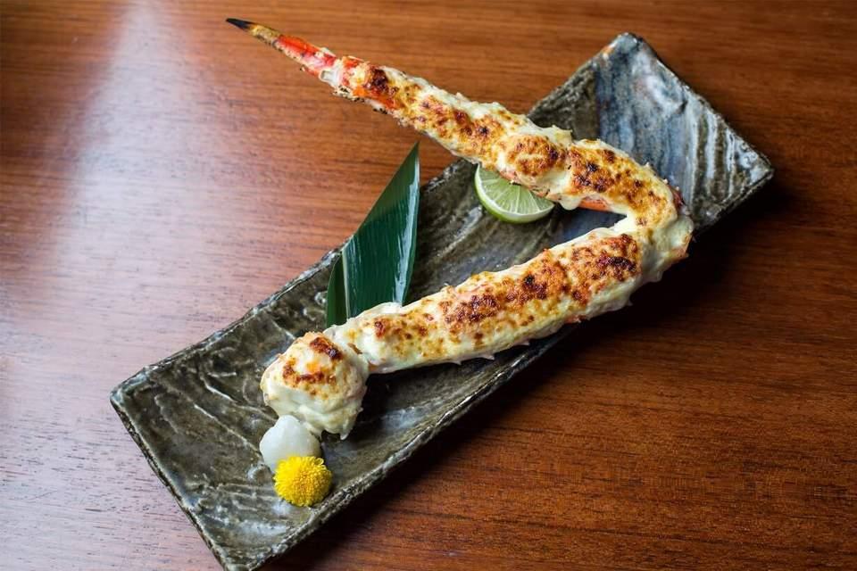 King crab leg with wasabi