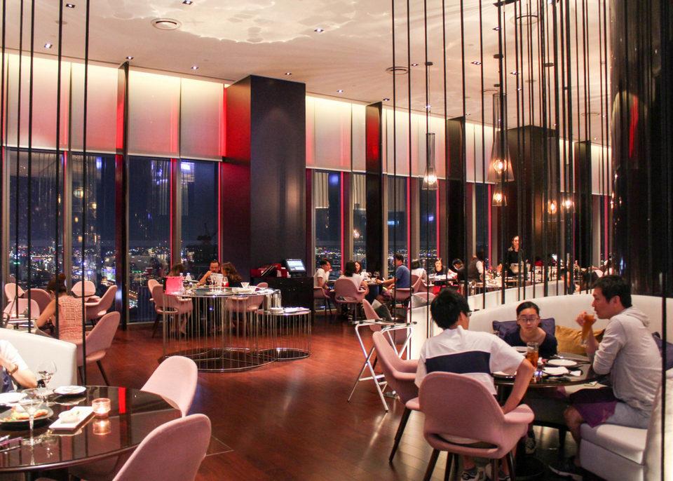W Taipei restuarant view inside