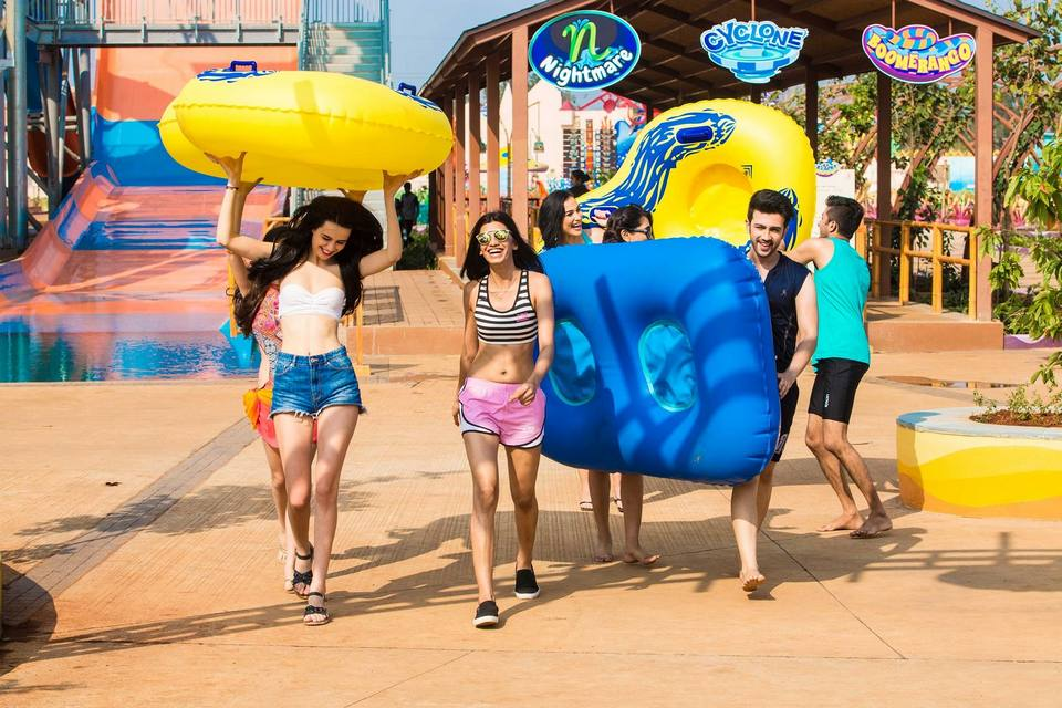 Some tips for who are going to visit Adventure Cove