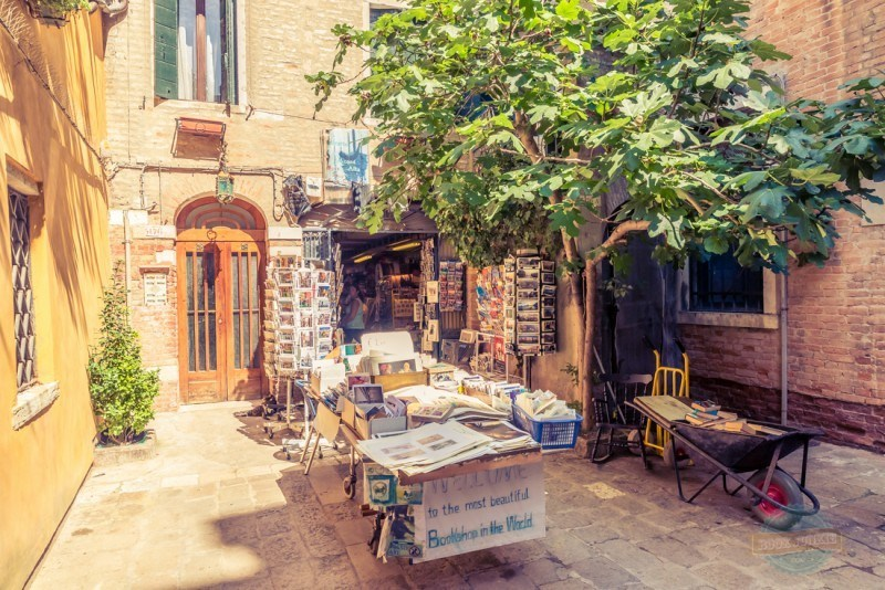 The oldest bookstore in Venice