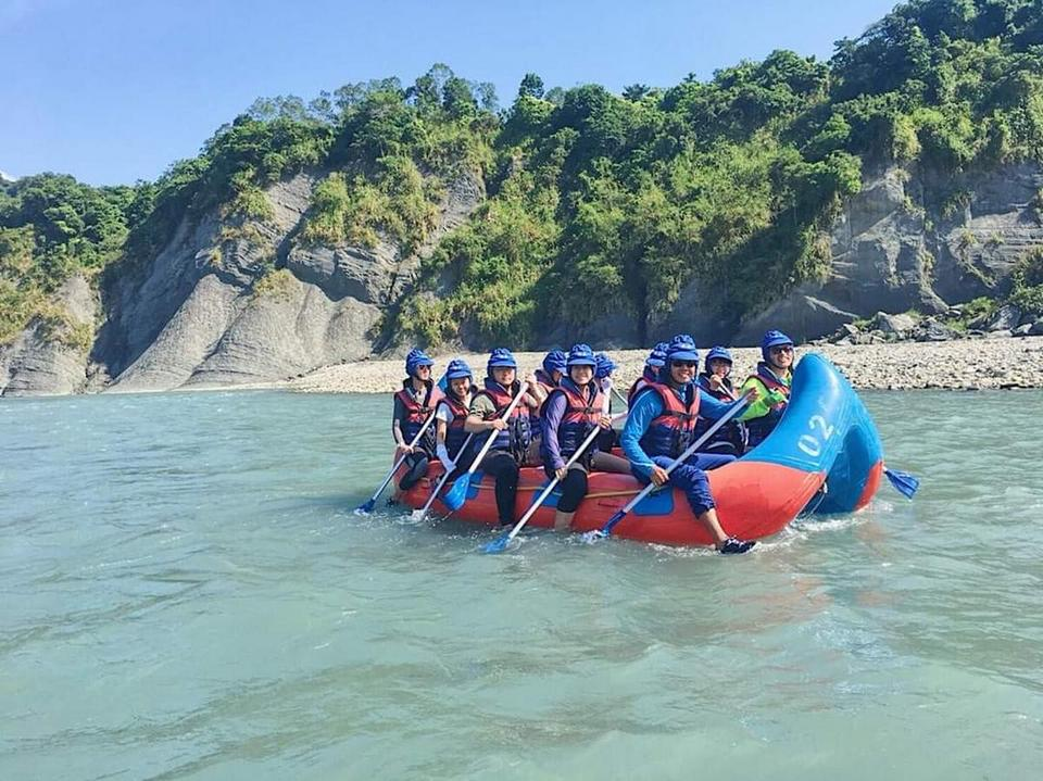 Rafting on Hsiukuluan river