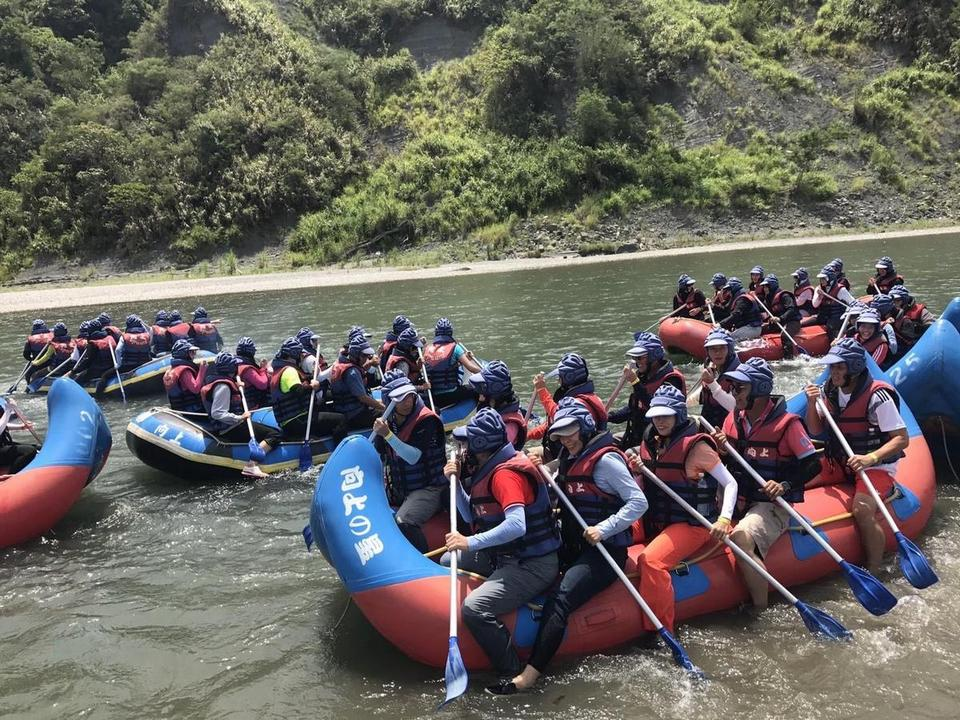 Exciting rafting experiences on Hsiukuluan river
