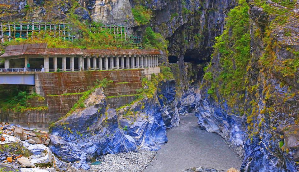 Marble mountains in Taroko Gorge