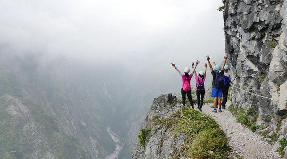 Hike Zhuilu Old Trail